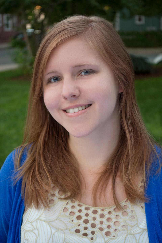 Laura Miner Headshot